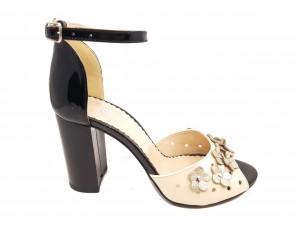 Sandale elegante negru cu auriu din piele naturală cu flori aplicate