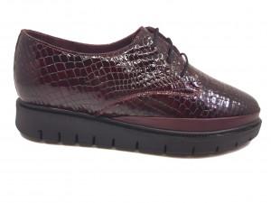 Pantofi damă burgundy din lac cu șiret