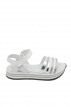 Sandale fete din piele naturală, albe cu curelușe argintii
