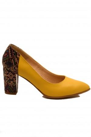 Pantofi damă galbeni din piele naturală