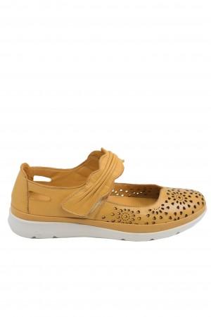 Pantofi damă ocru cu baretă, din piele naturală