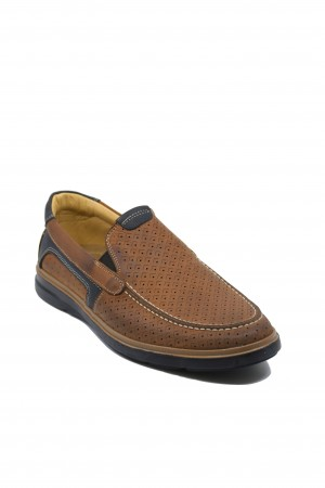 Pantofi slip-on maronii perforați din piele naturală