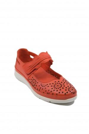 Pantofi damă roșu corai cu baretă, din piele naturală