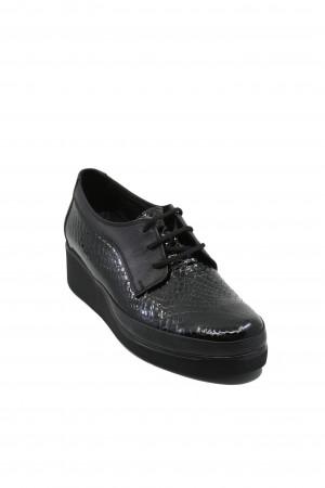 Pantofi comozi damă negri din lac cu șiret