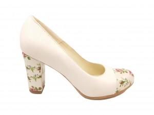 Pantofi damă office din piele naturală crem cu detalii florale