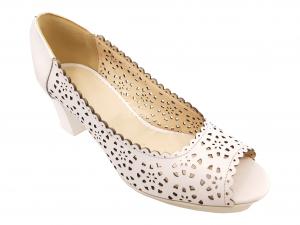 Pantofi damă albi perforați, din piele naturală