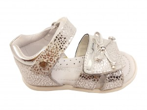 Sandale fete argintiu metalizat din piele naturală