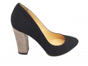 Pantofi eleganți negri cu toc argintiu din piele întoarsă