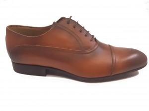 Pantofi de bărbați eleganți din piele naturală