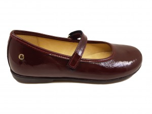 Pantofi fete bordeaux din lac