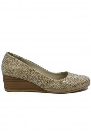 Pantofi damă casual bej din piele naturală lăcuită