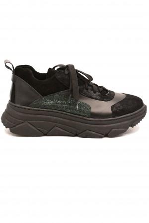 Pantofi sport Sandra negri din piele întoarsă
