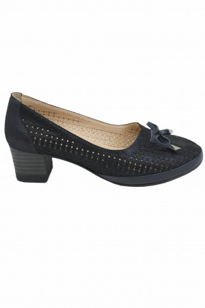 Pantofi damă negri perforați, din piele întoarsă