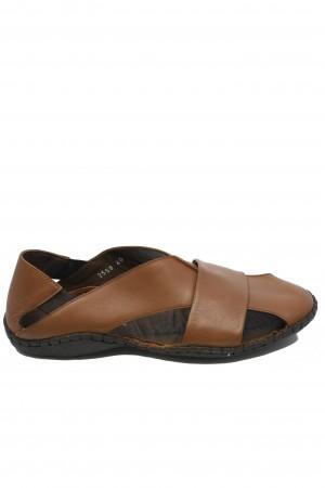 Sandale coniac bărbați cu design modern și talpa cusută