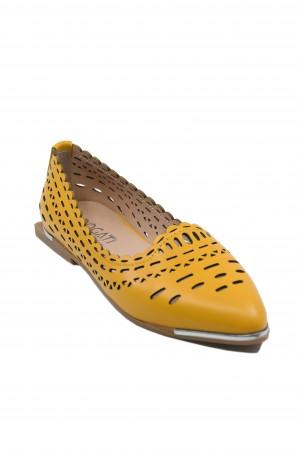 Pantofi damă galbeni, din piele naturală cu perforații dantelate