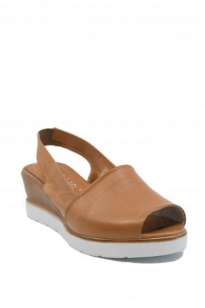 Sandale damă coniac din piele naturală moale